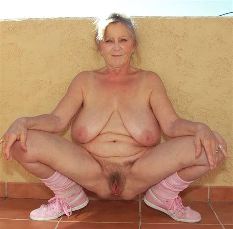 grannies showing pussy jpg 1280x1260